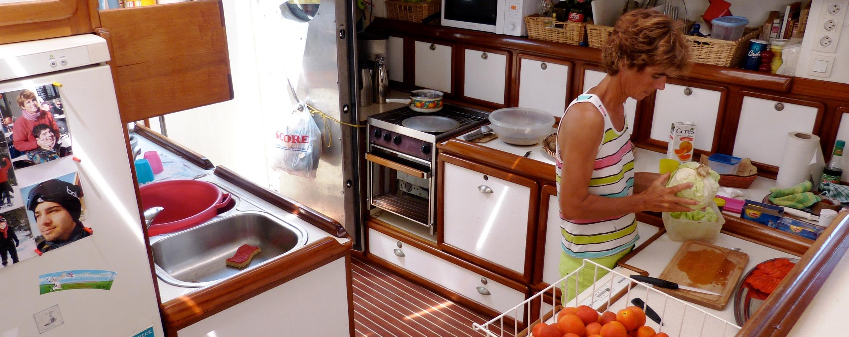 La cuisine du voilier Antsiva
